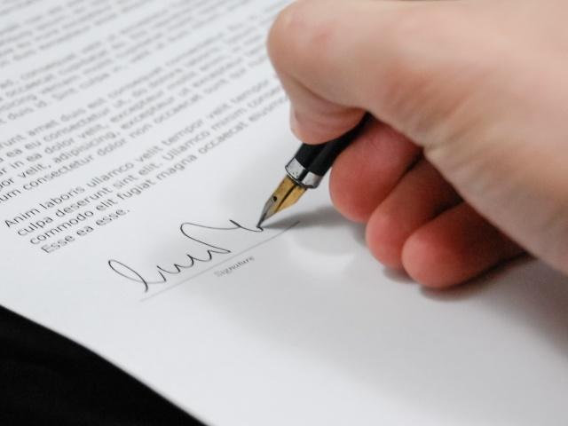 Foto bij Een positief getuigschrift bij de rechter afdwingen, kan dat?